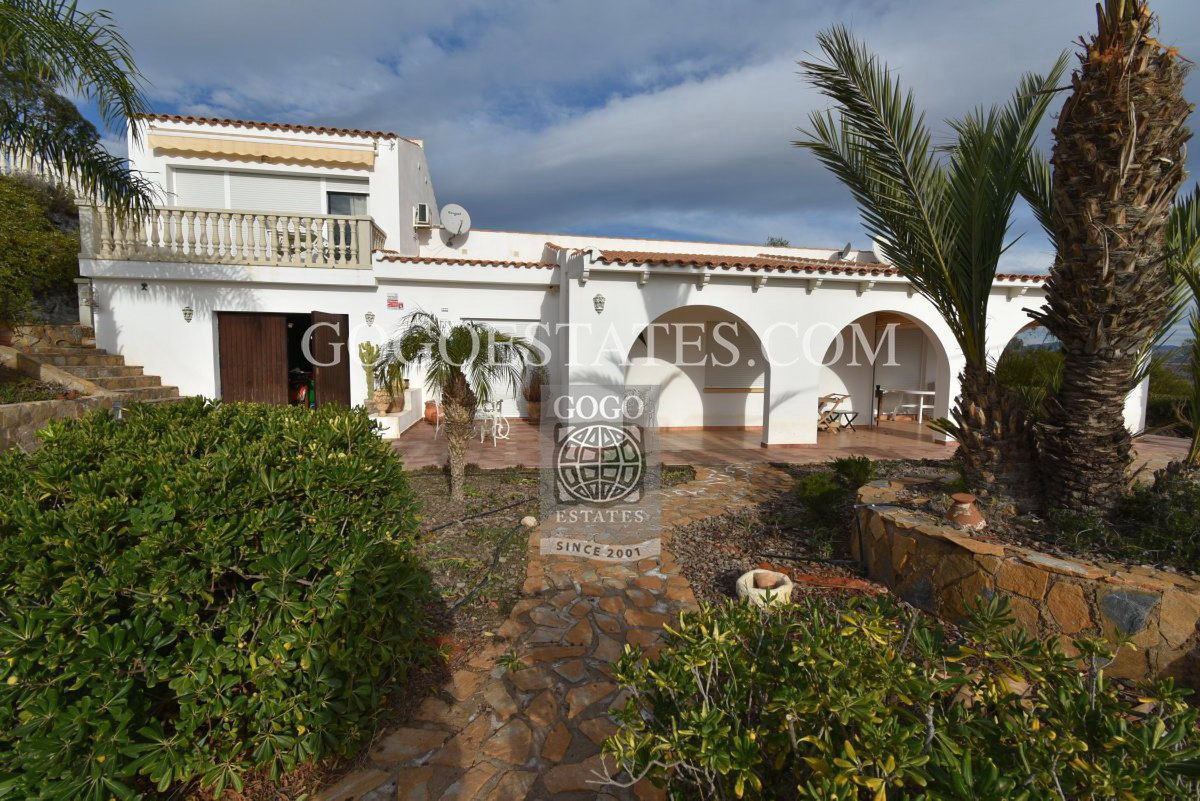Vrijstaande villa in Pulpí - Bestaande bouw