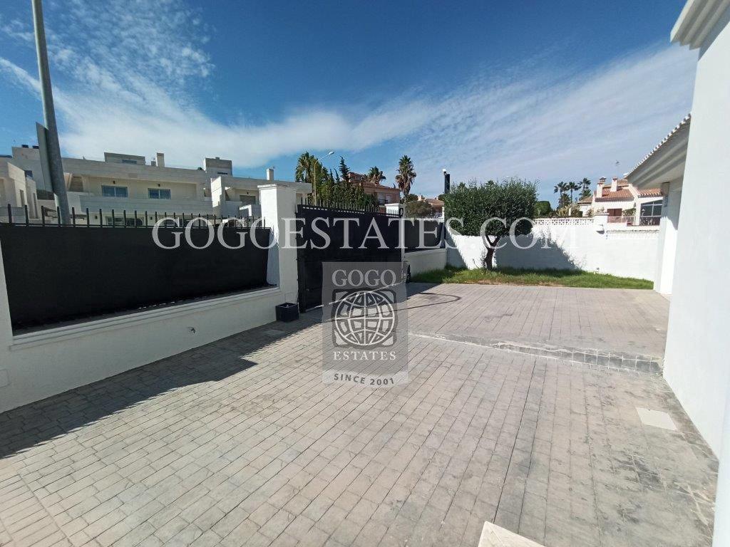 Vrijstaande villa in Orihuela Costa - Bestaande bouw