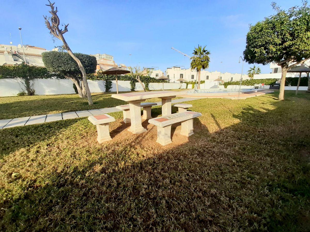 Vrijstaande villa in Orihuela Costa - Nieuwbouw