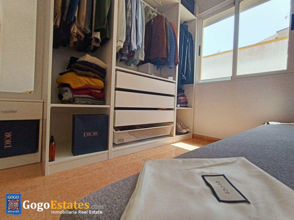 Halfvrijstaande woning met panoramisch zicht in Los Altos