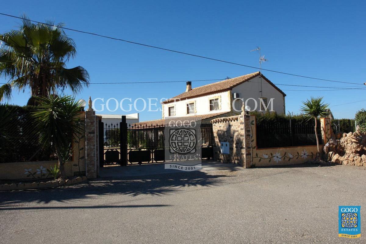Vrijstaande villa in Lorca - Bestaande bouw