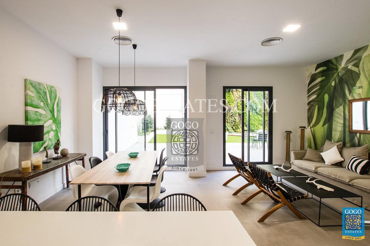 Luxe penthouse in de hand in het centrum van Alicante nabij Renfe in del corte ingles