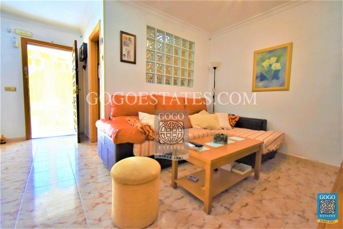 Erdgeschosswohnung zum Verkauf in Playa Flamenca, Orihuela Costa.