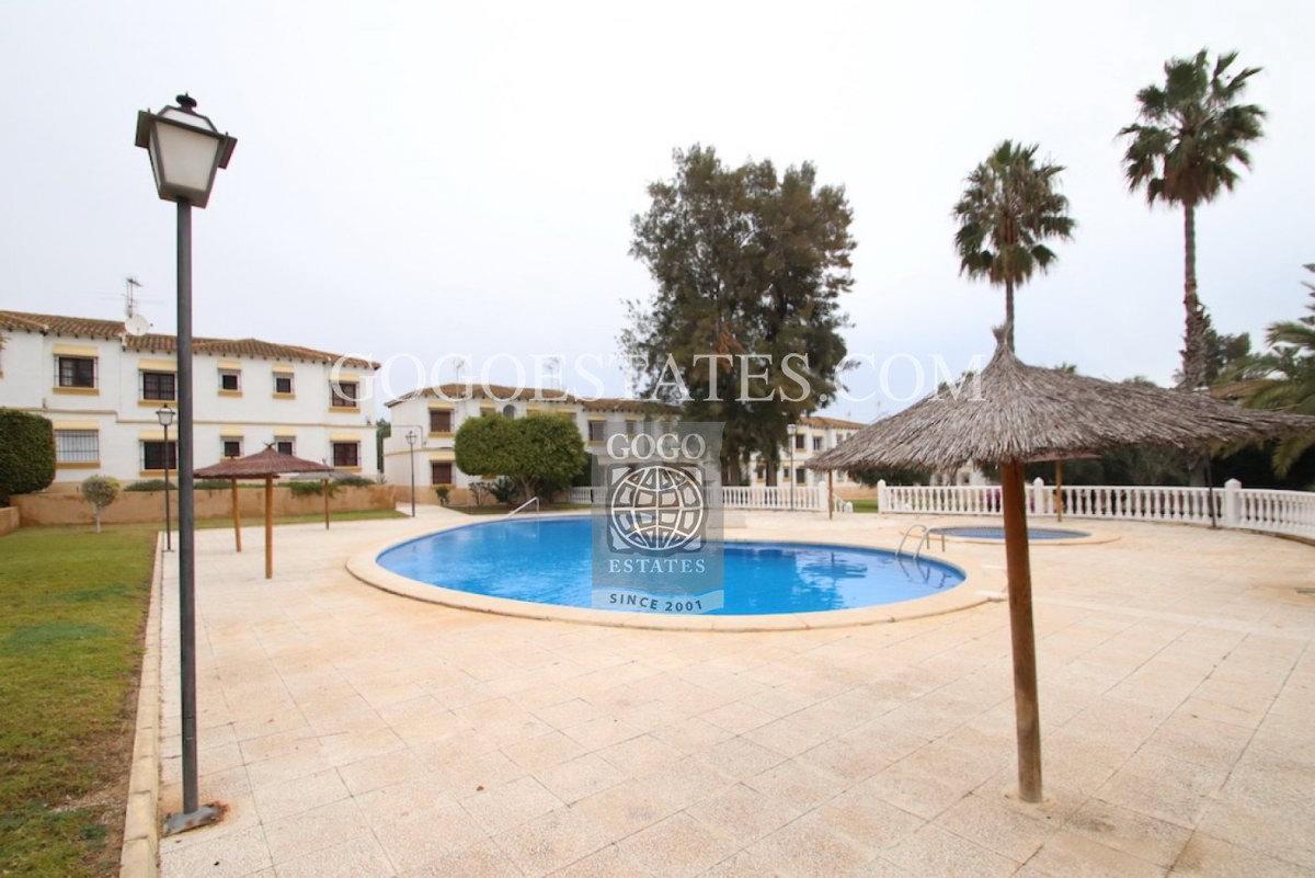 Bungalow in San miguel de salinas - Bestaande bouw