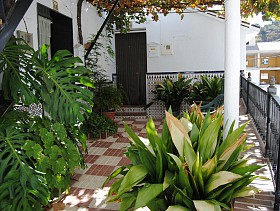 Town House For Sale in Arenas, Arenas,Spain