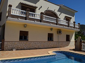 Country Houses For Sale in Puente Don Manuel, Alcaucin,Spain