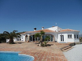 Country Houses For Sale in Velez-Malaga, Velez-Malaga, Spain