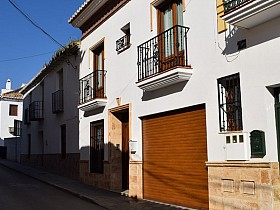 Town House For Sale in Velez-Malaga, Velez-Malaga, Spain